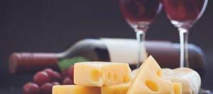 foto formaggio e vino
